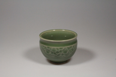 Product image for:Cup Celadon Longquan 3 rund/Lotus