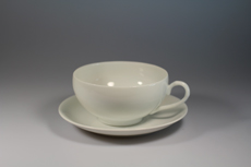 Product image for:Tasse mit Untertasse Geisha gross
